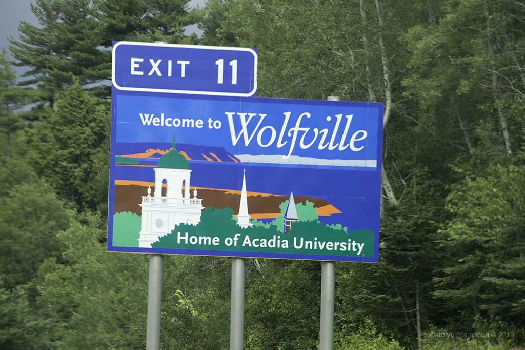 _DSC0026wolfville