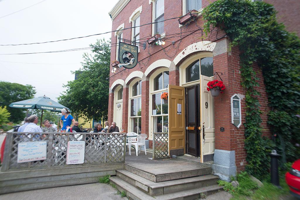 Ye Old Towne Pub
