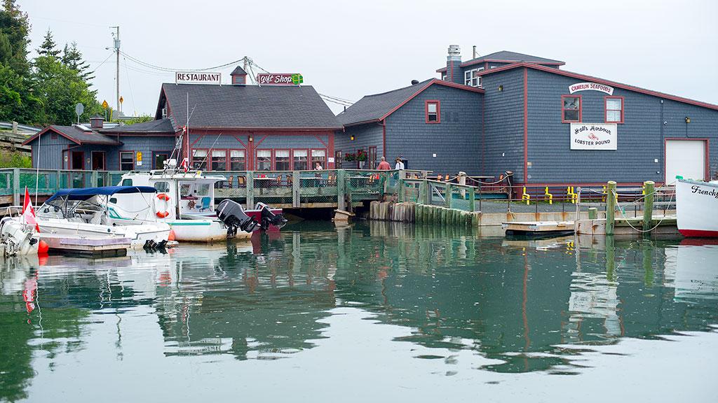 Halls Harbour Restarant