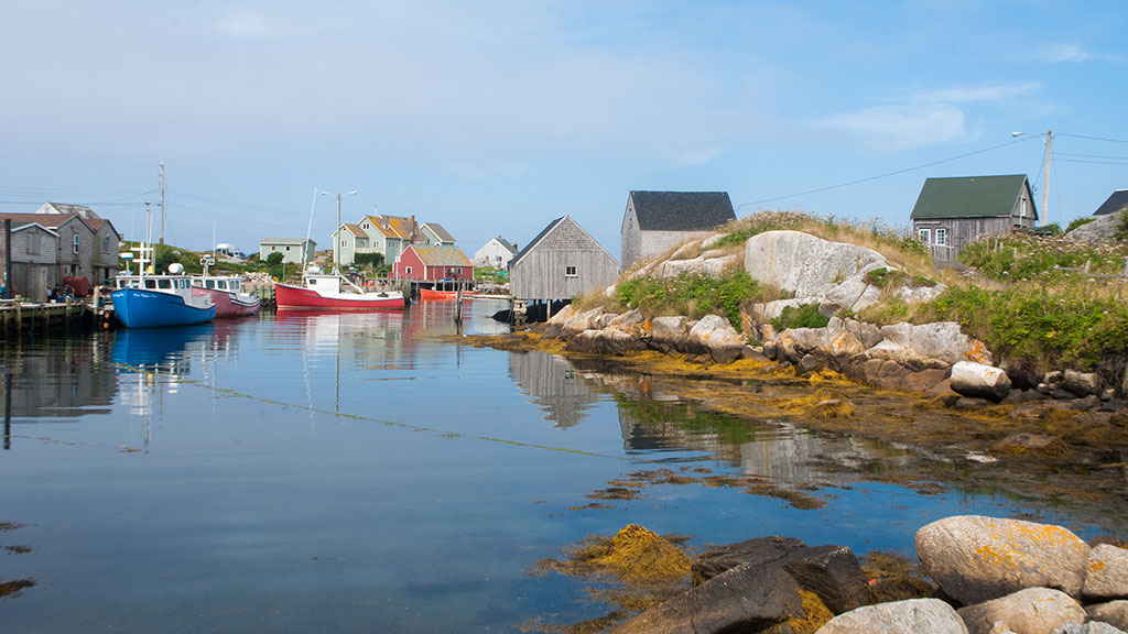 Peggy's-Cove-harbour-2210